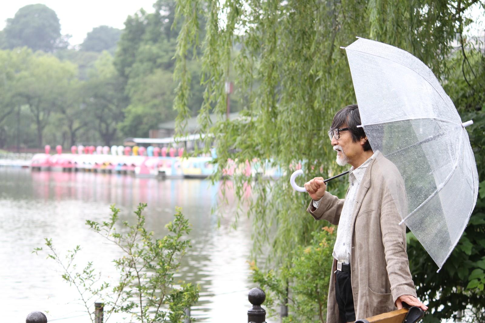 雨だからボートに乗れないわぃ,シニア,写真,画像,素材,老人,高齢者,フリー