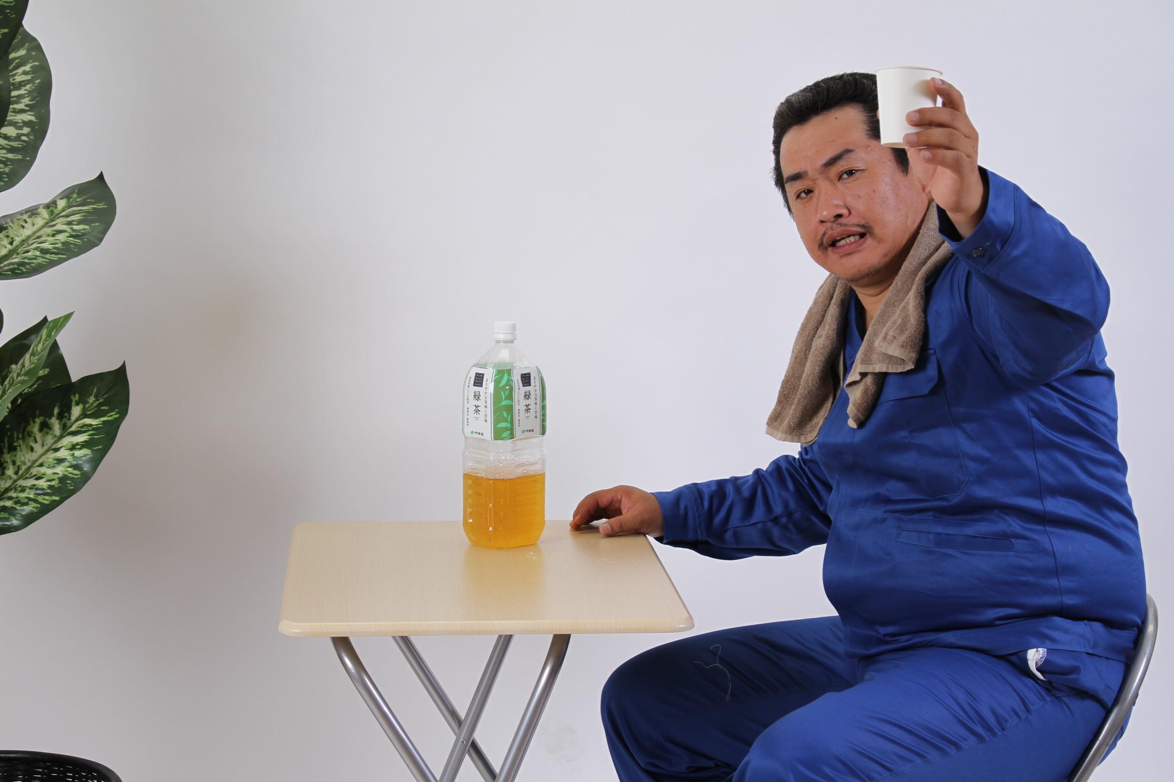 「乾杯!」,シニア,写真,画像,素材,老人,高齢者,フリー