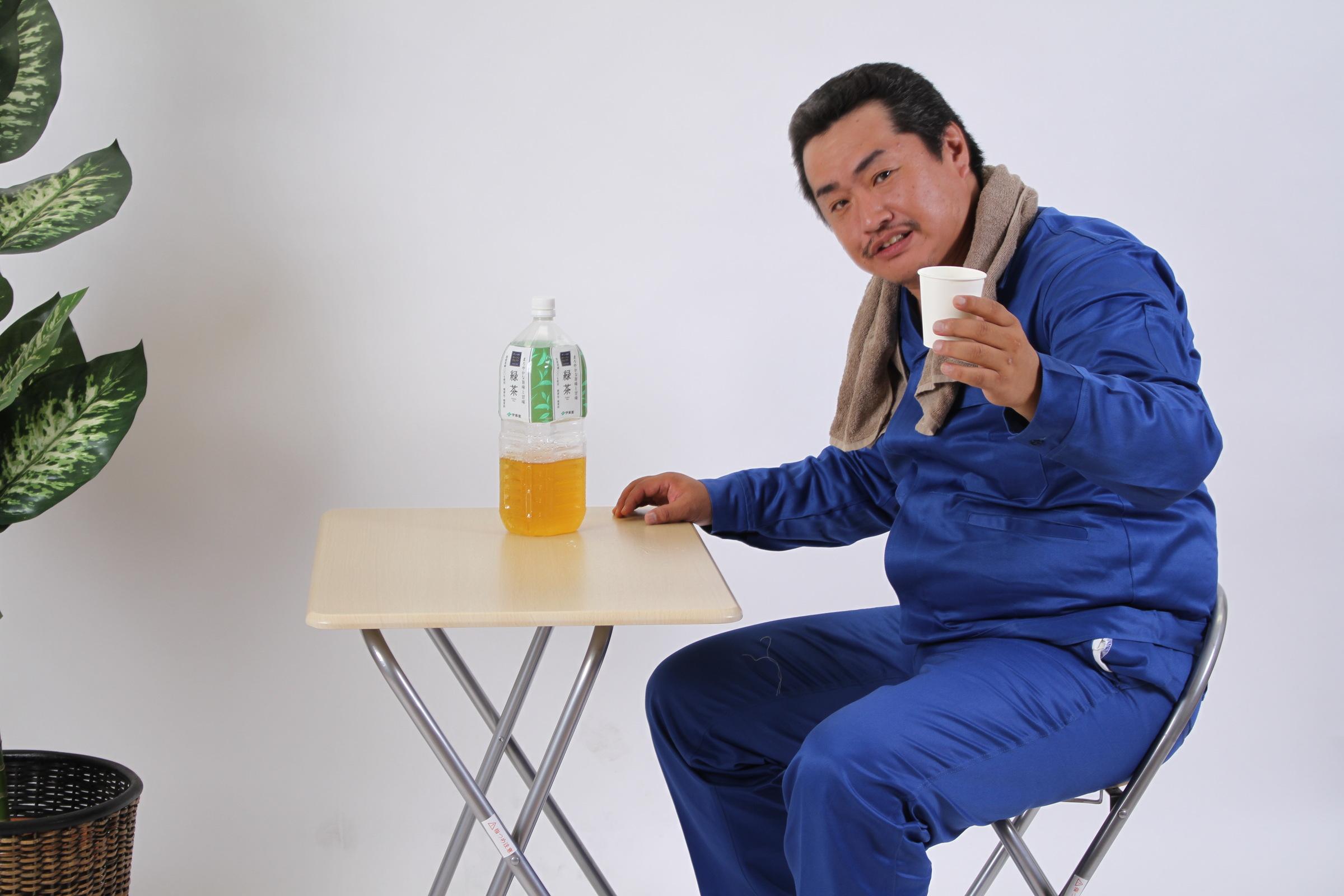 「緑茶とおっさんです」,シニア,写真,画像,素材,老人,高齢者,フリー