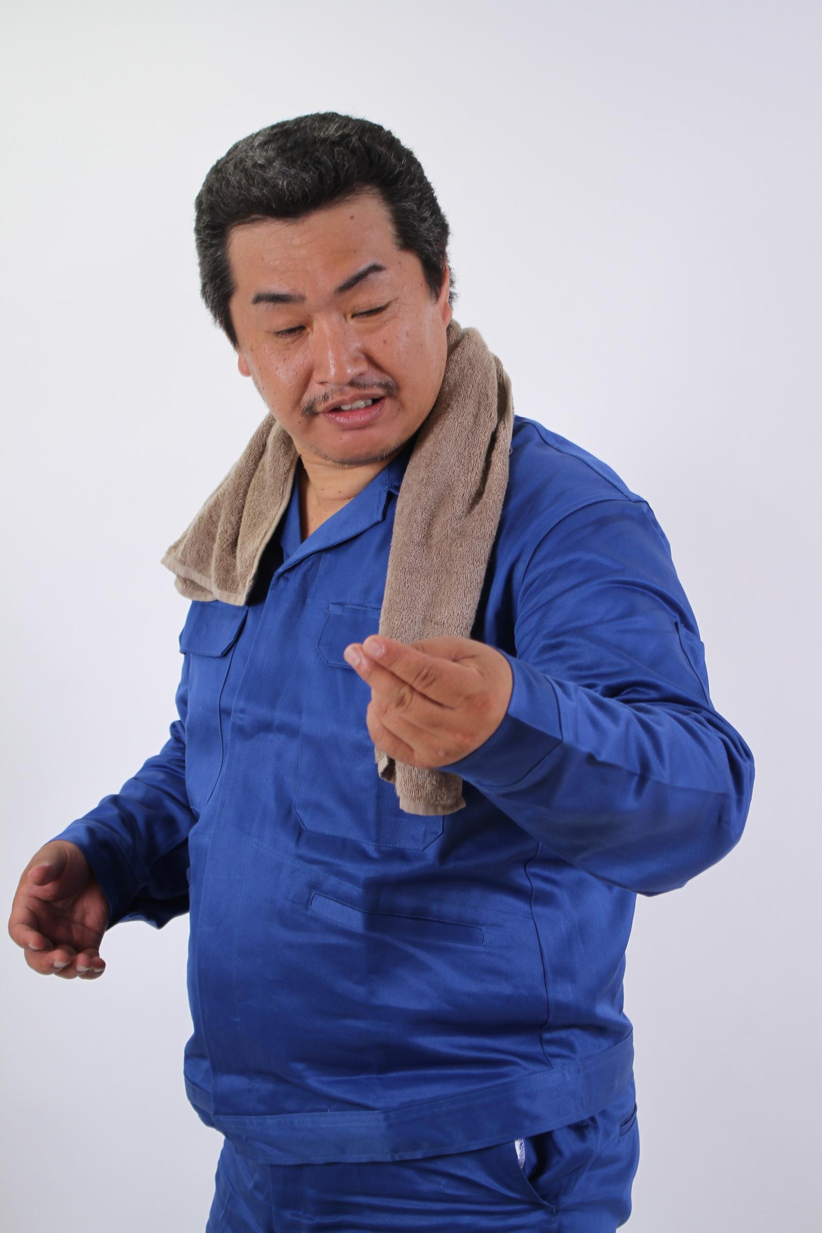 「えーと、あれ、確かにさっきまで寿司を握ってたんだけど。。」,シニア,写真,画像,素材,老人,高齢者,フリー