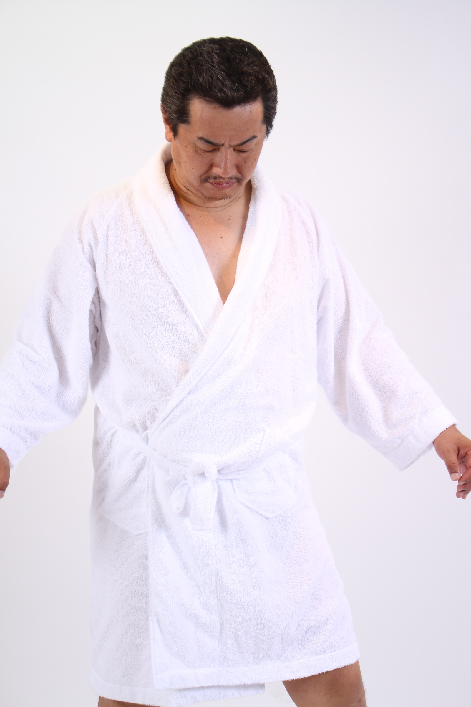 [01]「おや?これは空手着ではないね?」,シニア,写真,画像,素材,老人,高齢者,フリー